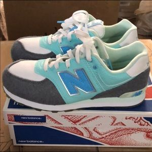 New Balance Sneakers Kids 5 or euro 37.5